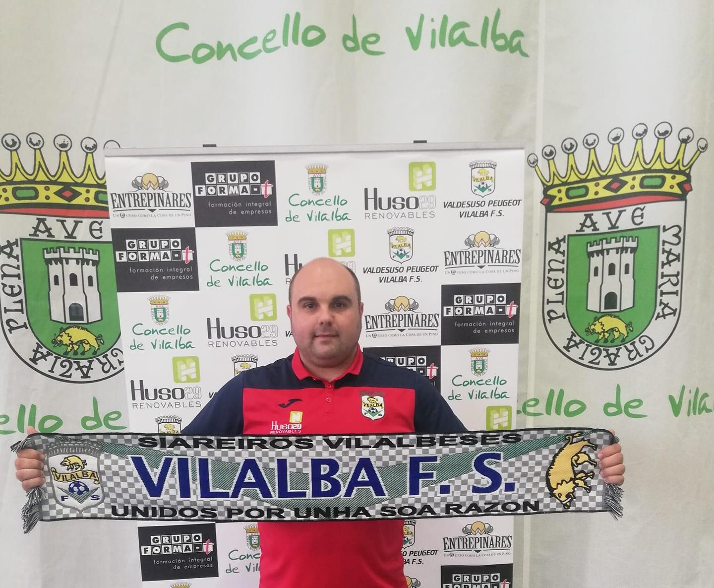 El Vilalba Fútbol Sala premia el gran trabajo de Kini, y anuncia su continuidad