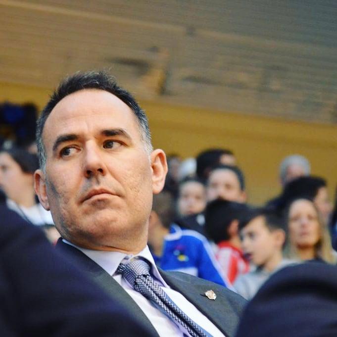 Hoy entrevistamos al Presidente de la comisión de árbitros de Fútbol Sala de la Real Federación Galega de Fútbol