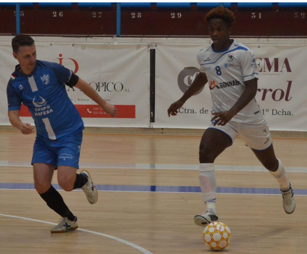 O Parrulo Ferrol y A Estrada Inversa Seguros se reparten los puntos en su debut en la Segunda RFEF Futsal