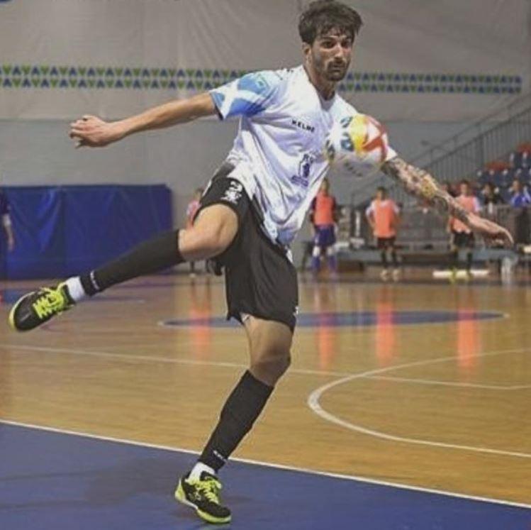 Saúl Marrupe nuevo jugador del Santiago Futsal