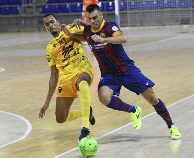 Victoria de ¨prestigio¨ del Peñiscola ante el FC Barcelona ( 3 – 4 )