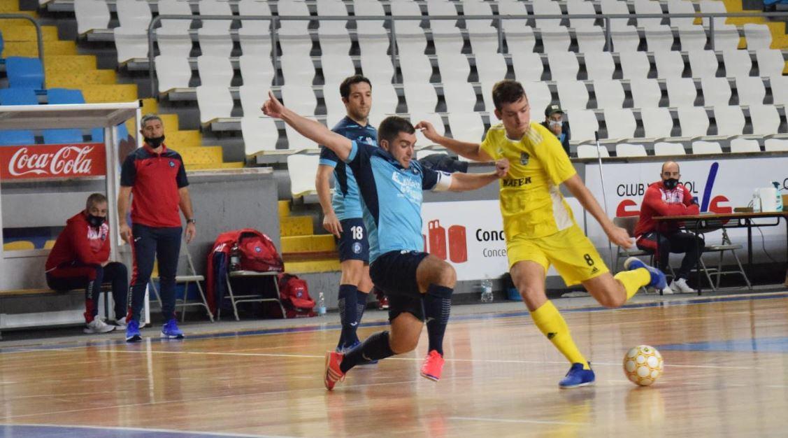 El Cidade de Narón no pudo conseguir nada positivo ante el Ribeira (4-0)