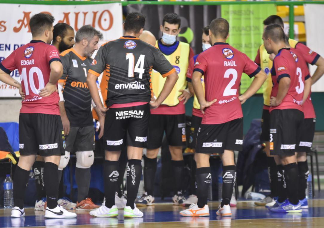 El Sala Ourense cae ante un Ribeira FS que lleva pleno de victorias.