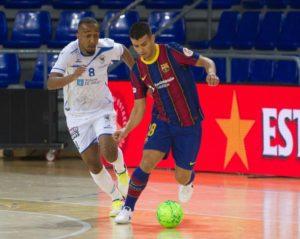 Disciplina táctica y el portero-jugador claves para el empate del O Parrulo Ferrol ante el FC Barcelona