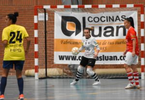 Hoy entrevistamos a Lola, capitana del Colme Futsal femenino