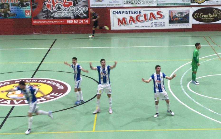 JERUBEX Santiago Futsal cae en los últimos diez minutos ante el Atco. Benavente ( 1 – 3 )