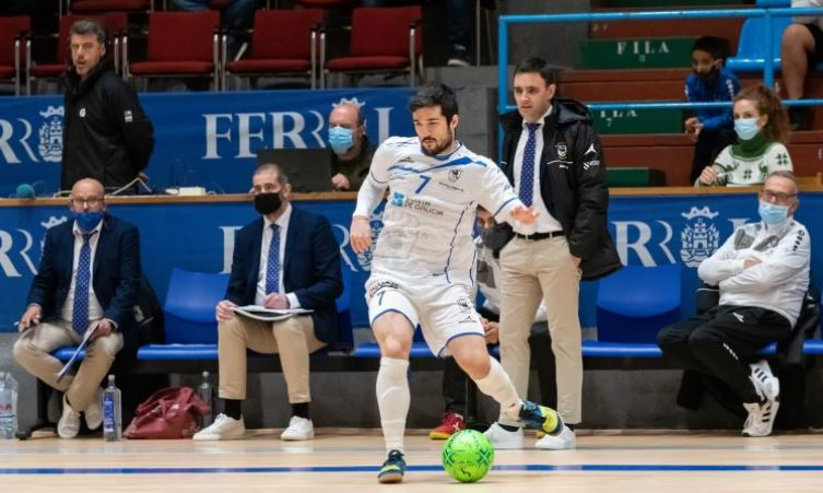 Iago Rodríguez ( O Parrulo FS ) ¨Córdoba y nosotros nos jugamos mucho en el partido del martes ¨
