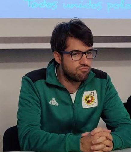 Hoy entrevistamos a Héctor Vilas,    Director Técnico de la Comisión de árbitros de Fútbol Sala de Galicia