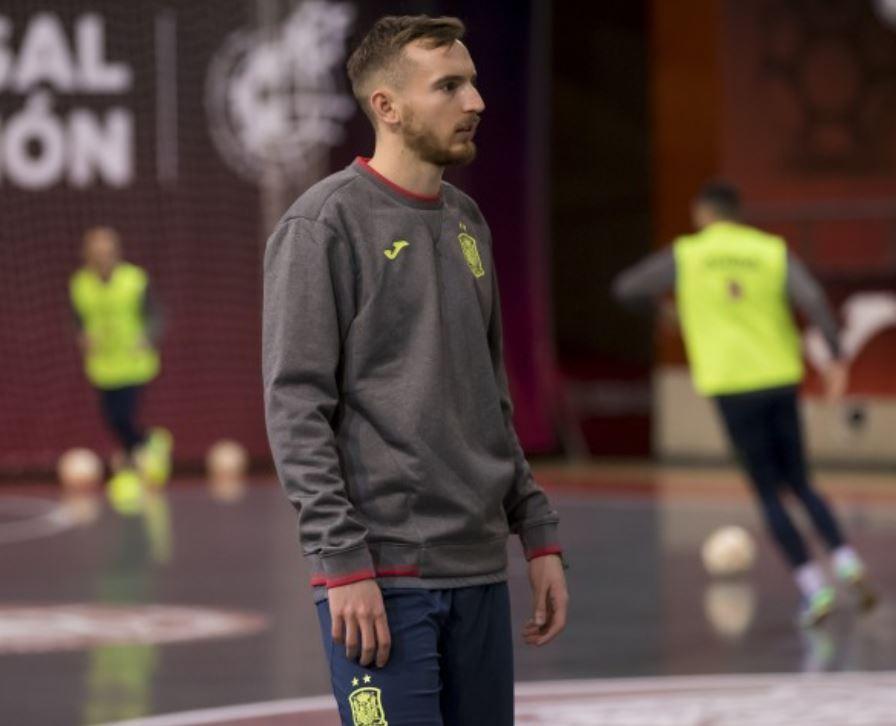 Llegó el día para recibir a Eslovenia con caras nuevas en la Selección Española