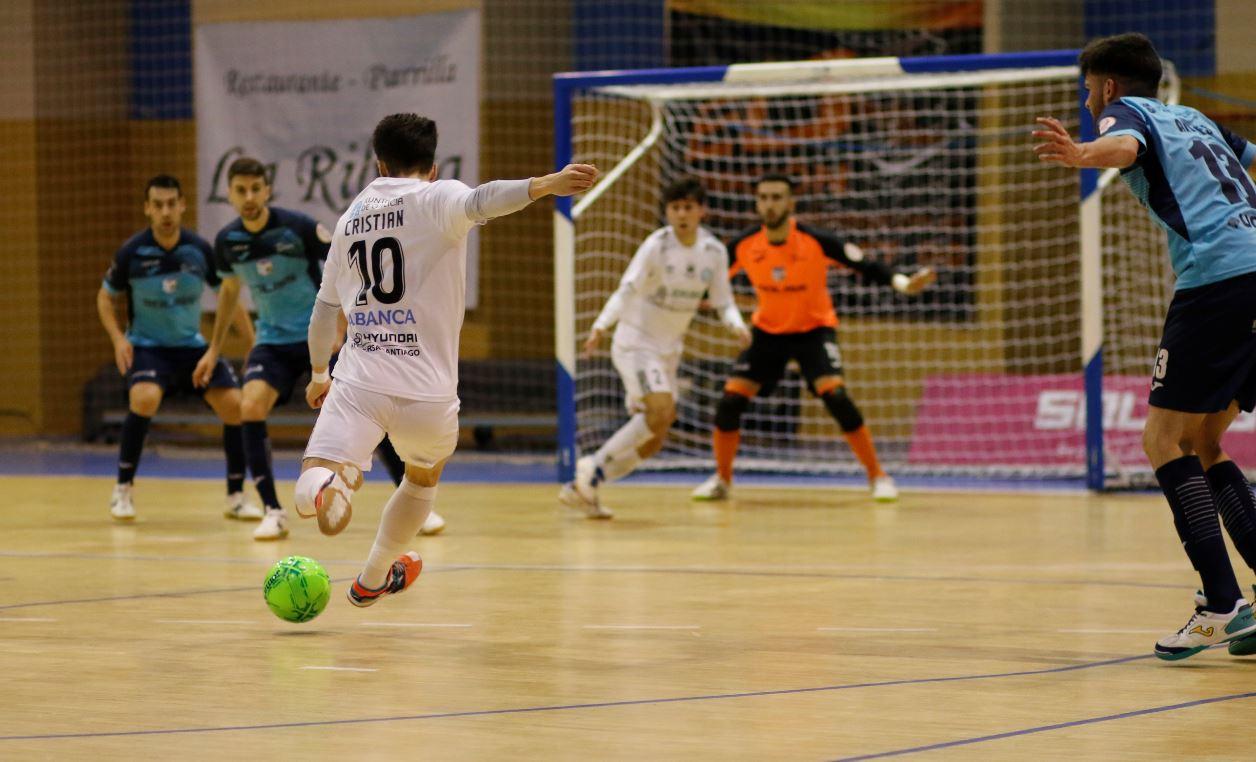 Santiago Futsal a pesar de una gran segunda parte, cae ante el Soliss FS Talavera  ( 3 – 2 )