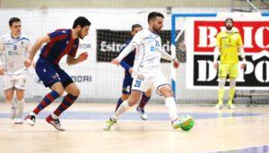 Al O Parrulo Ferrol le faltó  acierto de cara a gol, para doblegar al Levante        ( 1- 4)