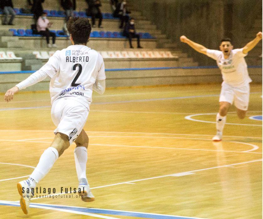 Soliss FS Talavera y JERUBEX Santiago Futsal se enfrentan en el Primero de Mayo