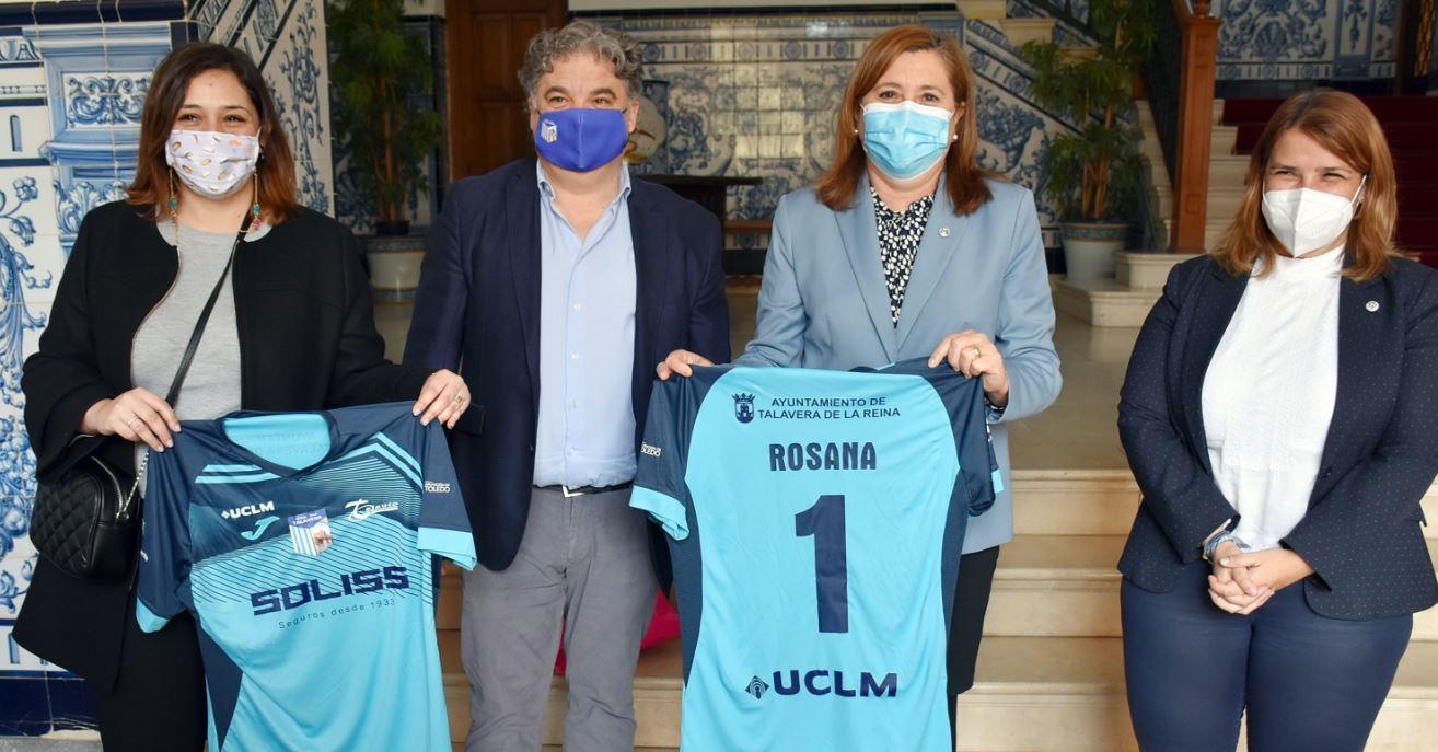 EL Soliss FS Talavera recibe la visita de la consejera Rosa Ana Rodriguez