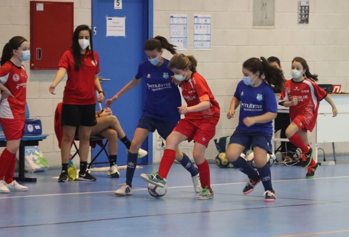 El Pabellón de Novo Mesoiro acogió la primera concentración de la Liga Gallega Alevin Femenina