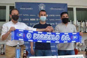 O Parrulo Ferrol y Adri continúan juntos
