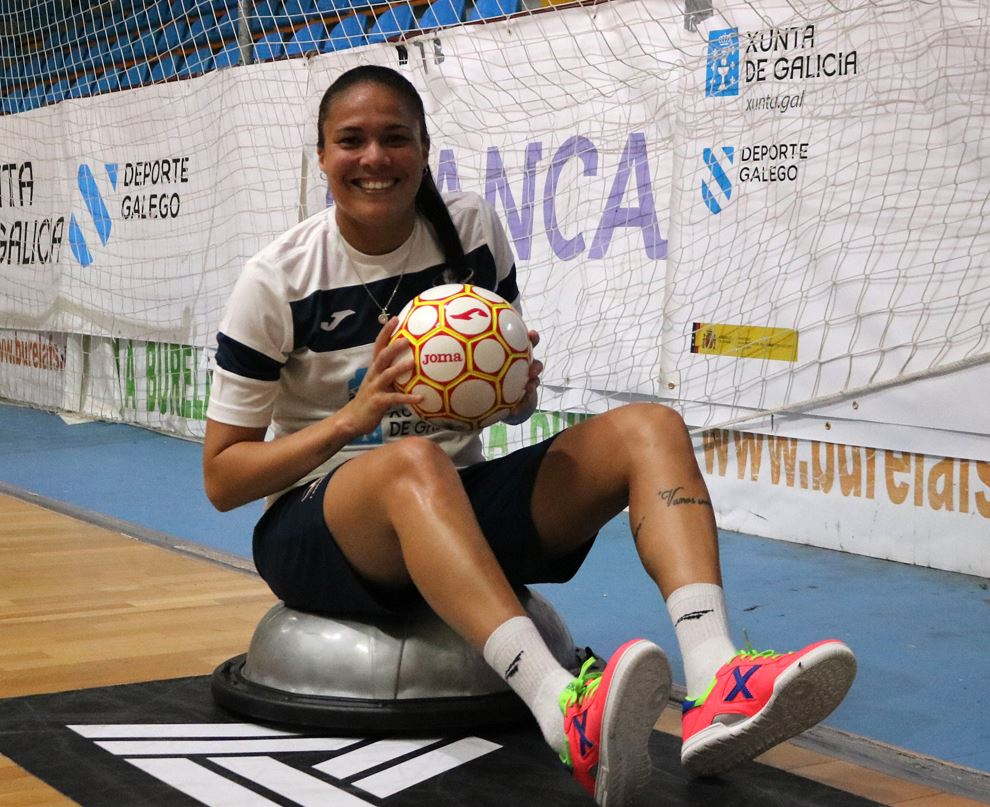 La internacional Camí, a por su quinta temporada en el Burela Pescados Rubén