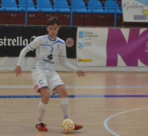 Álex Naveira, jugador mas valorado del Café Candelas O Parrulo ante A Estrada Futsal