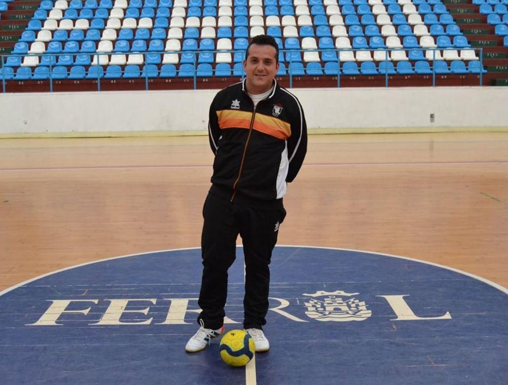 Hoy entrevistamos a Roberto Testa ¨He disfrutado mucho con la selección gallega Sub – 19, pero mis obligaciones laborales y deportivas me impiden continuar ¨